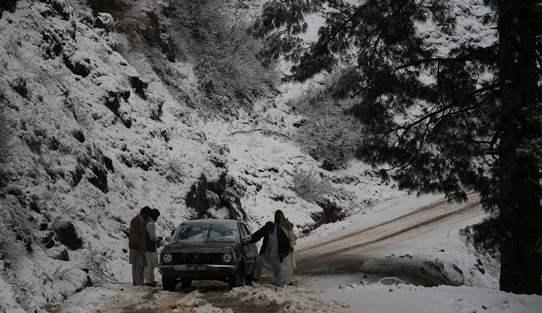 Pakistan, AJK - Bagh to Kahuta Corolla 542
