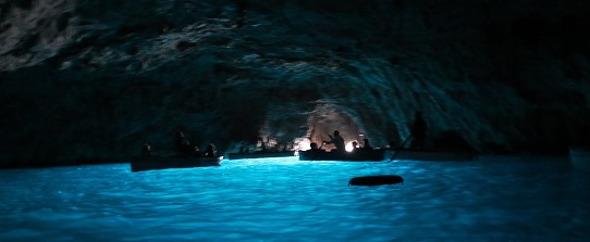 Blue Grotto inside 542