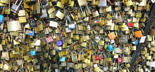 Love Bridge padlocks