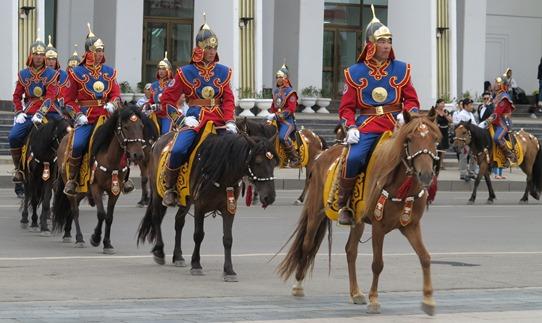 Mongol horsemen 542