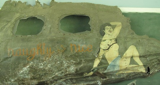 Rabaul - nose art of Jose Holguin's B17 0532 542