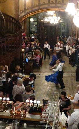 IMG_5998 - Caru'cu Bere dancers 271
