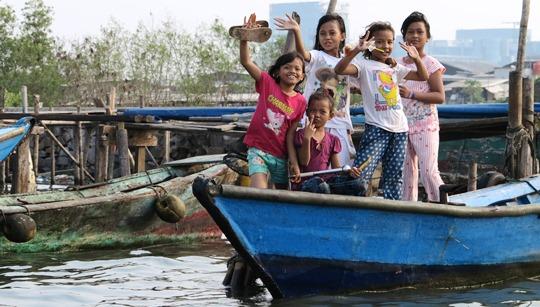 IMG_2364 - Jakarta kids, Sunda Kelapa - 540