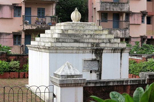 IMG_0575 - Thibaw tomb - 540