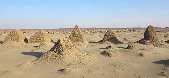 IMG_1959 - Nuri Pyramids - 540