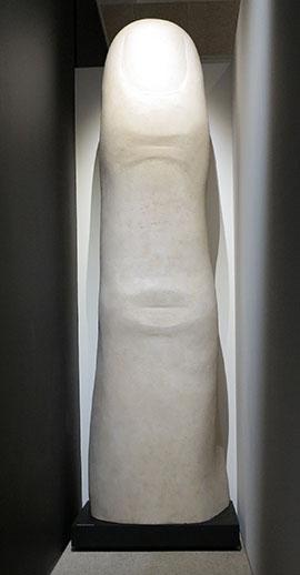 IMG_2583 - Lenin finger, Design Museum - 270