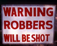 Shoot robbers - New Delhi, India