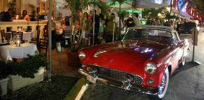 A Thunderbird on Ocean Drive